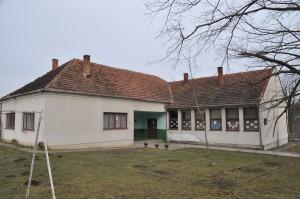 skola Veliko Krcmare